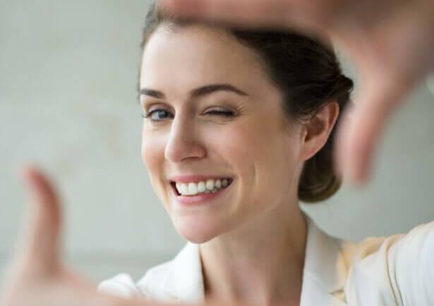 遠離蛀牙、牙周病!4種食物讓牙齒健康又變白
