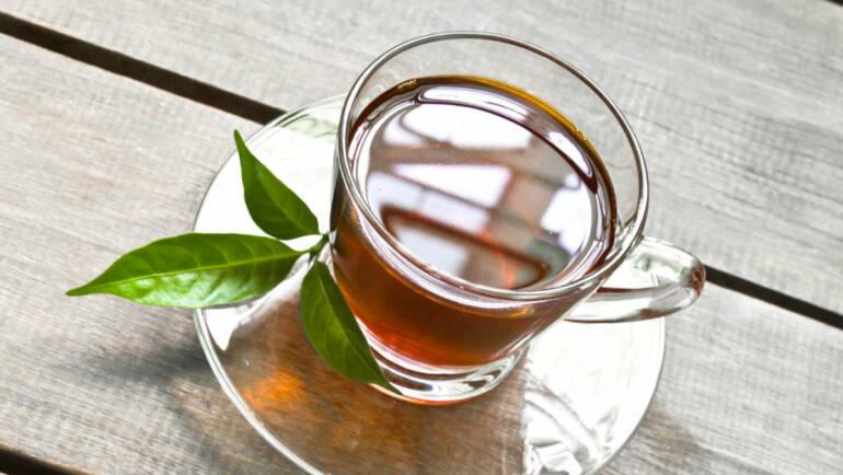 紅茶、咖啡誰更易牙齒變黃?3招避免牙齒染色