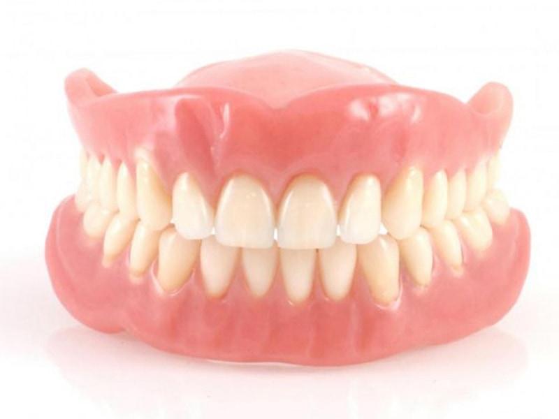 活動假牙-假牙種類-全口活動假牙-悅庭牙醫-台北牙醫推薦